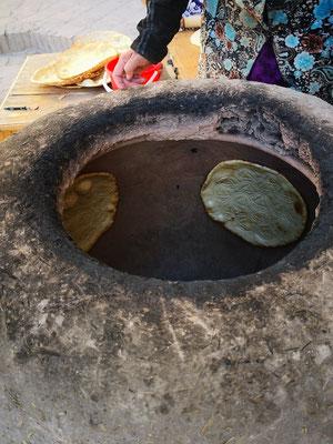 """die Brote """"kleben"""" an den Innenseiten des Ofens"""