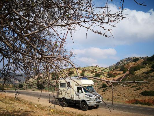 Es geht 65km durch die Berglandschaft des Hohen Atlas