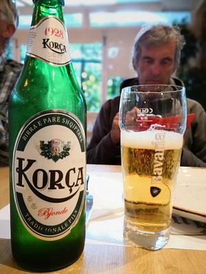 Natürlich die Brauerei, oder man trinkt halt ein Gläschen Bier
