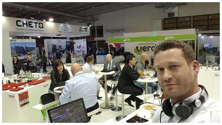 Der Gentleman-DJ Eric bei der Arbeit