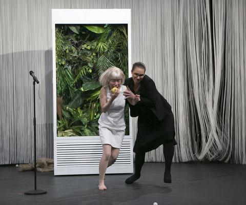 EvE&ADINN - Staatstheater Darmstadt - Bühnenbild und Kostüme Maria Pfeiffer - Foto M. Pipprich