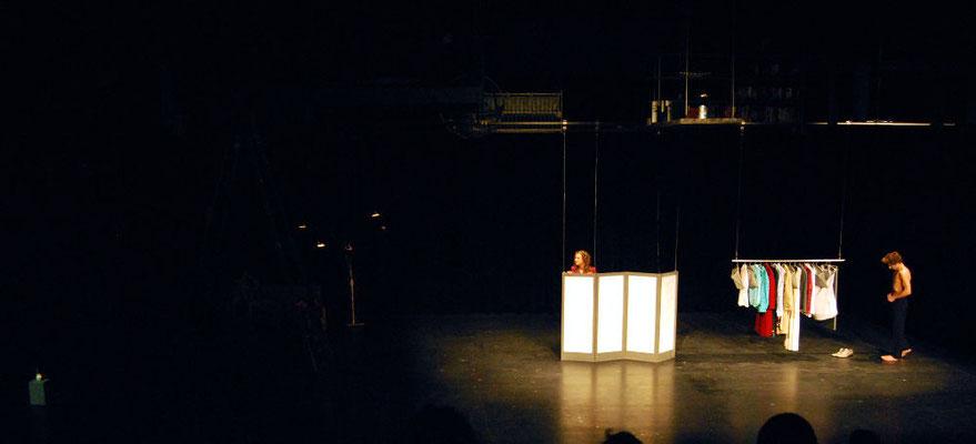 """""""Elternzeit"""" - Bühnen- und Kostümbild Maria Pfeiffer"""