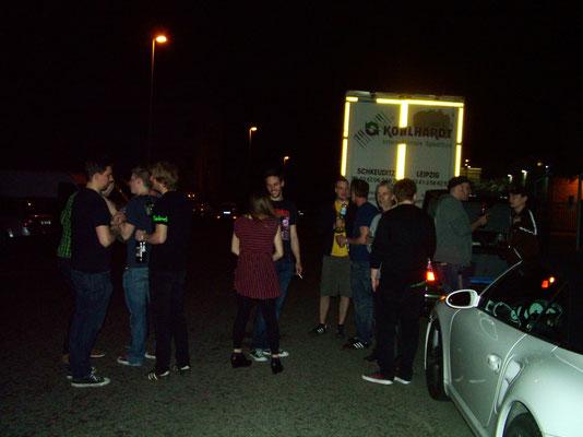 After show Party mit ner Pulle Ardbeg aus dem Kofferraum von Bothe´s Volvo