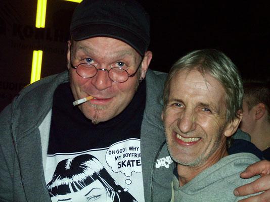Soundgott Henning und unser zukünftiger Bassist Ulli(wir gehen immer noch fest...ihr wisst ja)