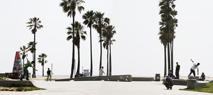 Venice Beach 6, 2009, Color Print, 86 x 198 cm