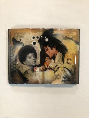 Libros pintados en acrílico con acabado en resina / DISPONIBLE