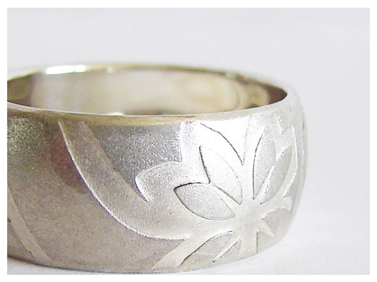 Silberringe, Blumen Prägung