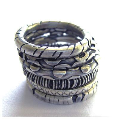 Ringe mit Struktur, Silber