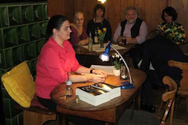 1 Kulturkreis Vellberg  Lesung mit Sabine Olbrich  15.März 2015  Gasthof Ochsen, Vellberg