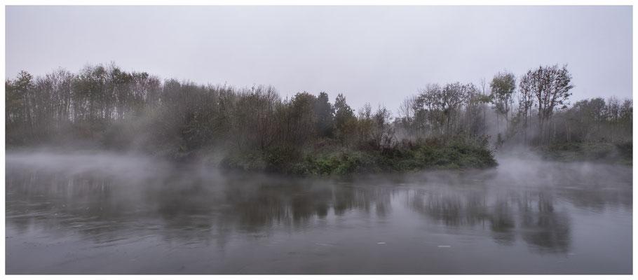 die Erft im Nebel