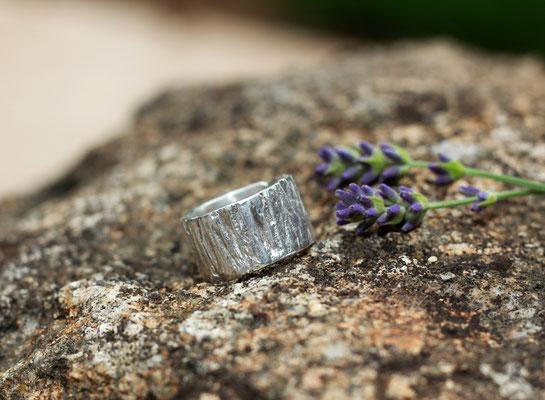 Ring mit Oberflächenstruktur(Individuell)  in 999 Feinsilber ab 119,-€