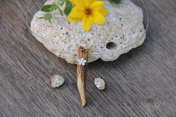 Hornanhänger mit Blume in 925 Sterling Silber mit Reif  75,-€