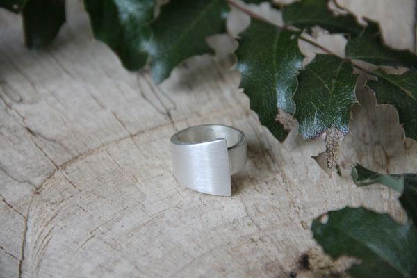 Ring  925 Sterling Silber 75,-€