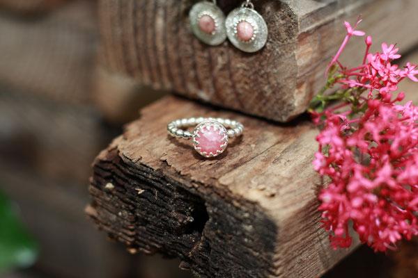 Ring mit Halbedelstein gefasst 925 Sterling Silber  119,-€ (Beispiel )