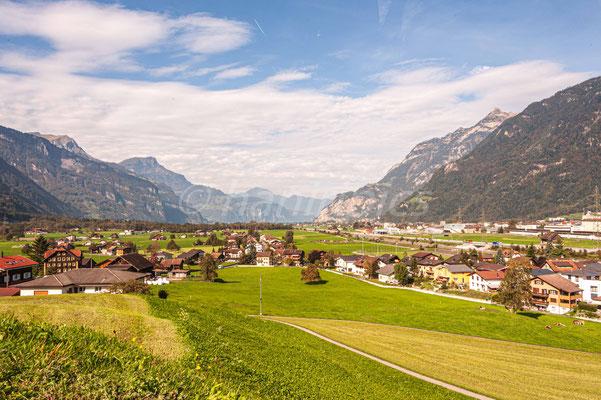 Blick von Attinghausen Richtung Urnersee