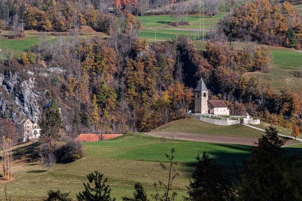 Sant Cassian und Burg Baldenstein (Sils i.D.)