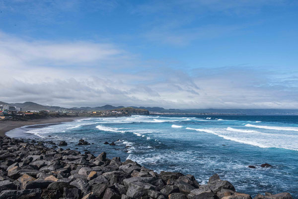 Strand Ribeirinha Grande (einziger grosser Sandstrand der Insel)