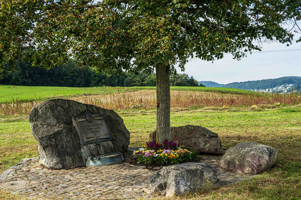 Kosakengedenkstein (bei Kloster Fahr)