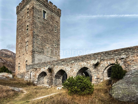 Torre Belvedere bei Maloja
