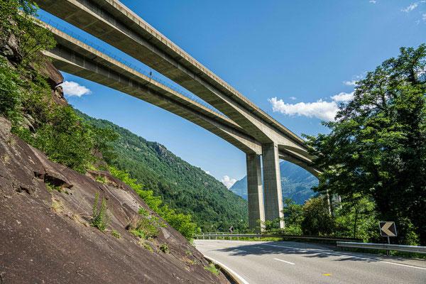 Autobahnbrücke Biaschina
