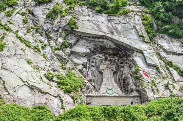 Suworow Denkmal