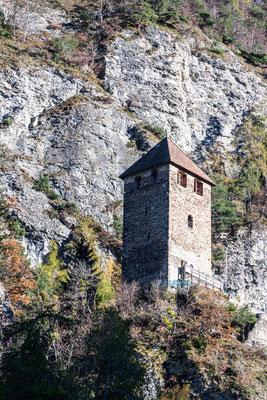 Burg Innerjuvalt (Rothenbrunnen)