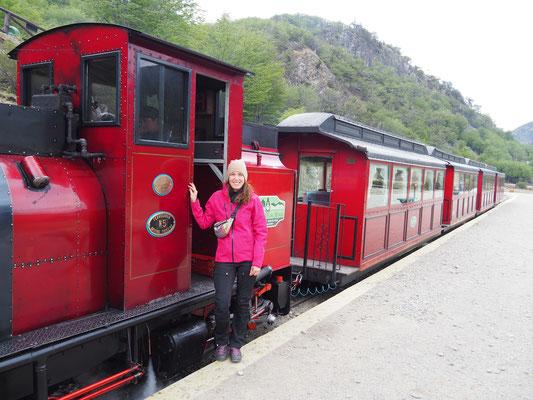 Der berühmte Tren del fin del mundo, der Zug am Ende der Welt. Auch eine deutsche Lok dampft hier vor sich hin