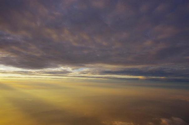 帰りの飛行機から見た雲海です!