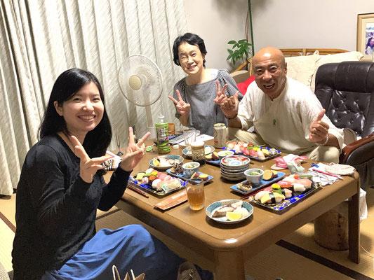 自宅にてお寿司パーティ!