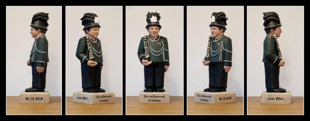 Klarinettenspieler - 12x12x36cm - Pappel mit Acryl bemalt
