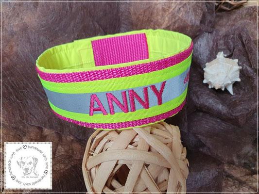Pink mit gelber Signalfarbe