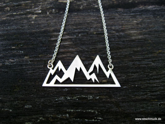 Bergkette aus Silber