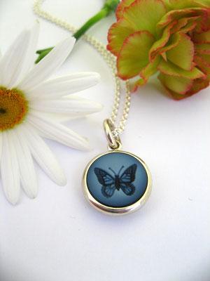 Kettenanhänger mit Schmetterling