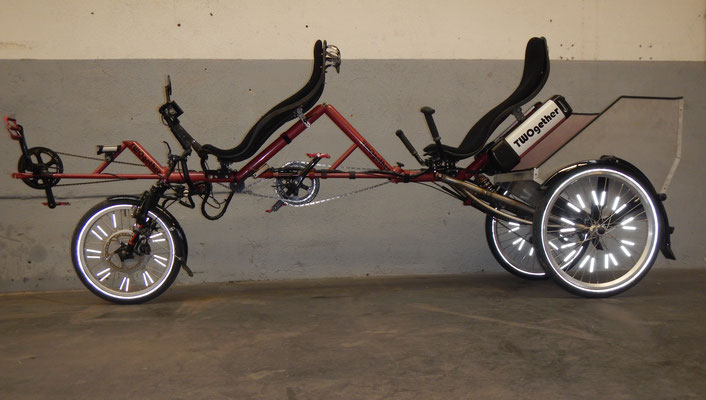 TWOgether Tandem Trike with cargo box (www.twogetherbikes.com)