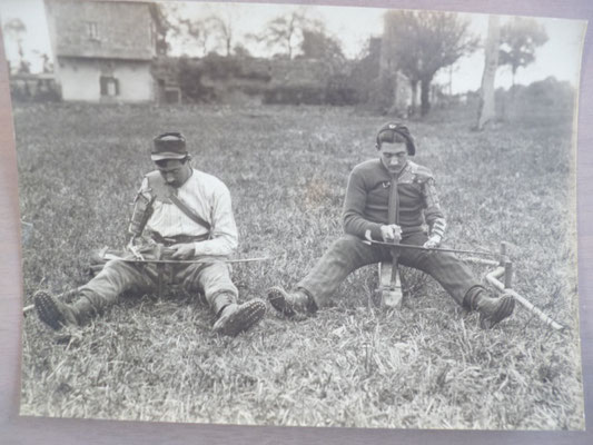 Soldats mutilés en cours de réinsertion professionnelle dans l'agriculture et dans l'horticulture/Centre de réinsertion de GJ / photos archives départementales 44