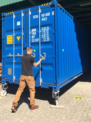 40 Fuß Container öffnen
