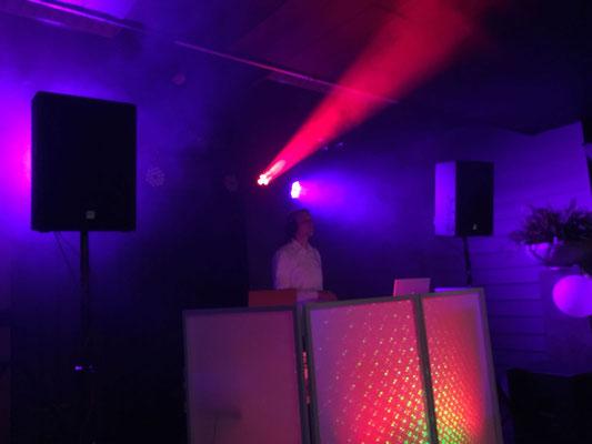Bruiloft Show Magnifiek met Licht Jockey
