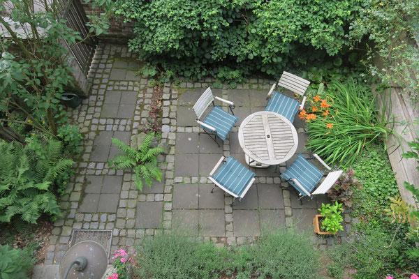 Ferienwohnung Goosmann in Bad Honnef mit eigener Terrasse im Grünen.