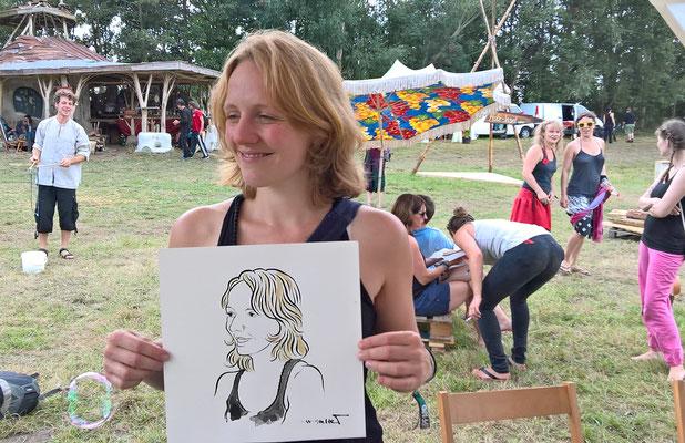 Portraitzeichnen beim Schweinskopf Festival (Osterbruch bei Cuxhaven) Foto © Jens Natter