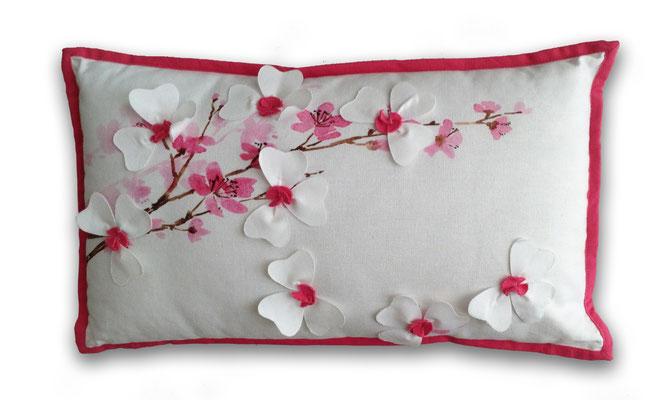 Cojín riñonera Flor de cerezo