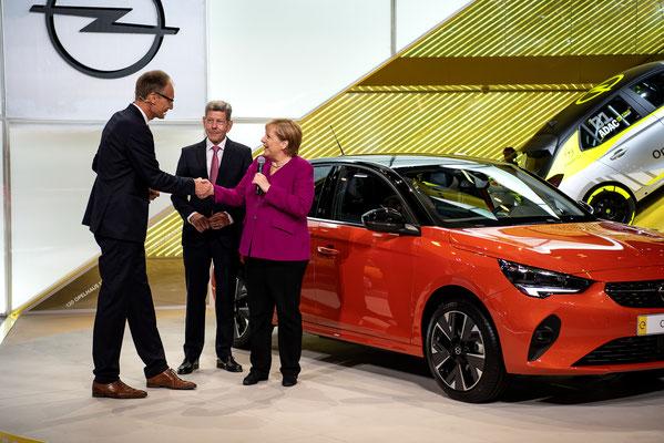 Presserundgang mit Bundeskanzlerin Angela Merkel © Friedhelm Herr/frankfurtphoto
