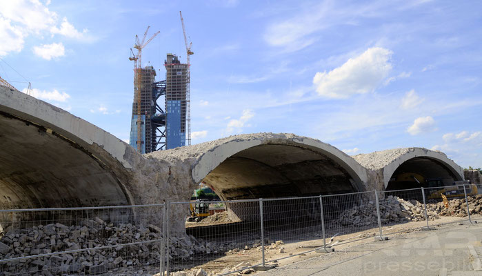 Neue Mainbrücke Ost © dokubild.de / Friedhelm Herr