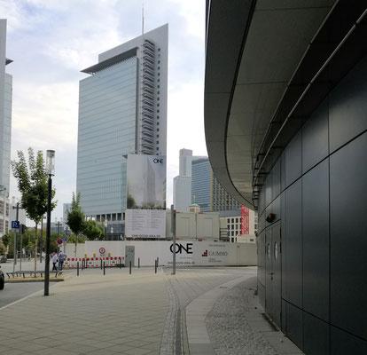 Neue Gebäude eingesandt von © Hugo Heinrich / Frankfurt am Main