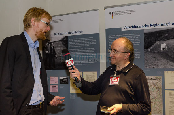 Interview mit Dr. Henrik Bispinck - Wissenschaftlicher Mitarbeiter der Stasi-Unterlagen-Behörde © mainhattanphoto/Friedhelm Herr