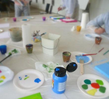 Acrylfarben-Atelier-Malevents-Malworkshops-Kunstkurse-Malkurse-Work-Live-Balance-Freizeitmalerei-Kunsttheorie-Gruppenmalen-Rheingau-Hessen-Eltville-Kreativität-Malseminare-Gruppenseminare-Erwachsenenbildung-