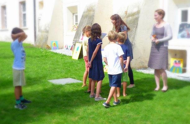 Ausstellung-Kinderkurse-Malkurse-Marion-Haas-Klosterurlaub-Malurlaub-Sommeratelier-Kloster-neustift-Suedtirol-Malseminare