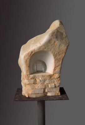Altarino rupestre - 2008 - Marmo statuario, onice e foglia d'argento