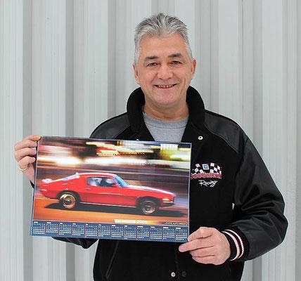 Michel Filiatrault, propriétaire d'une Camaro Z/28 1972