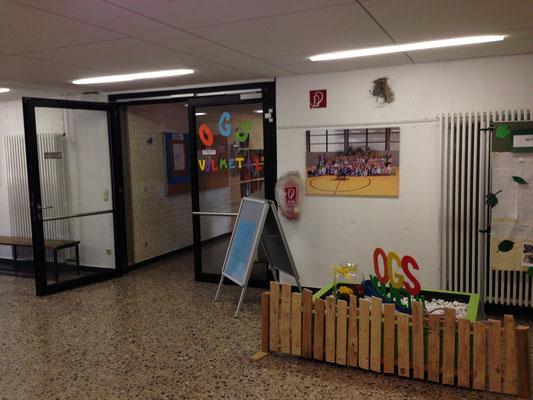 Der Eingang zu unserer OGS