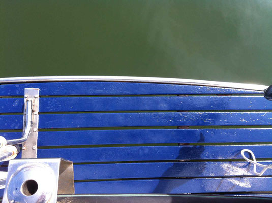 Entretien de bateaux, peinture laque, inox, bois